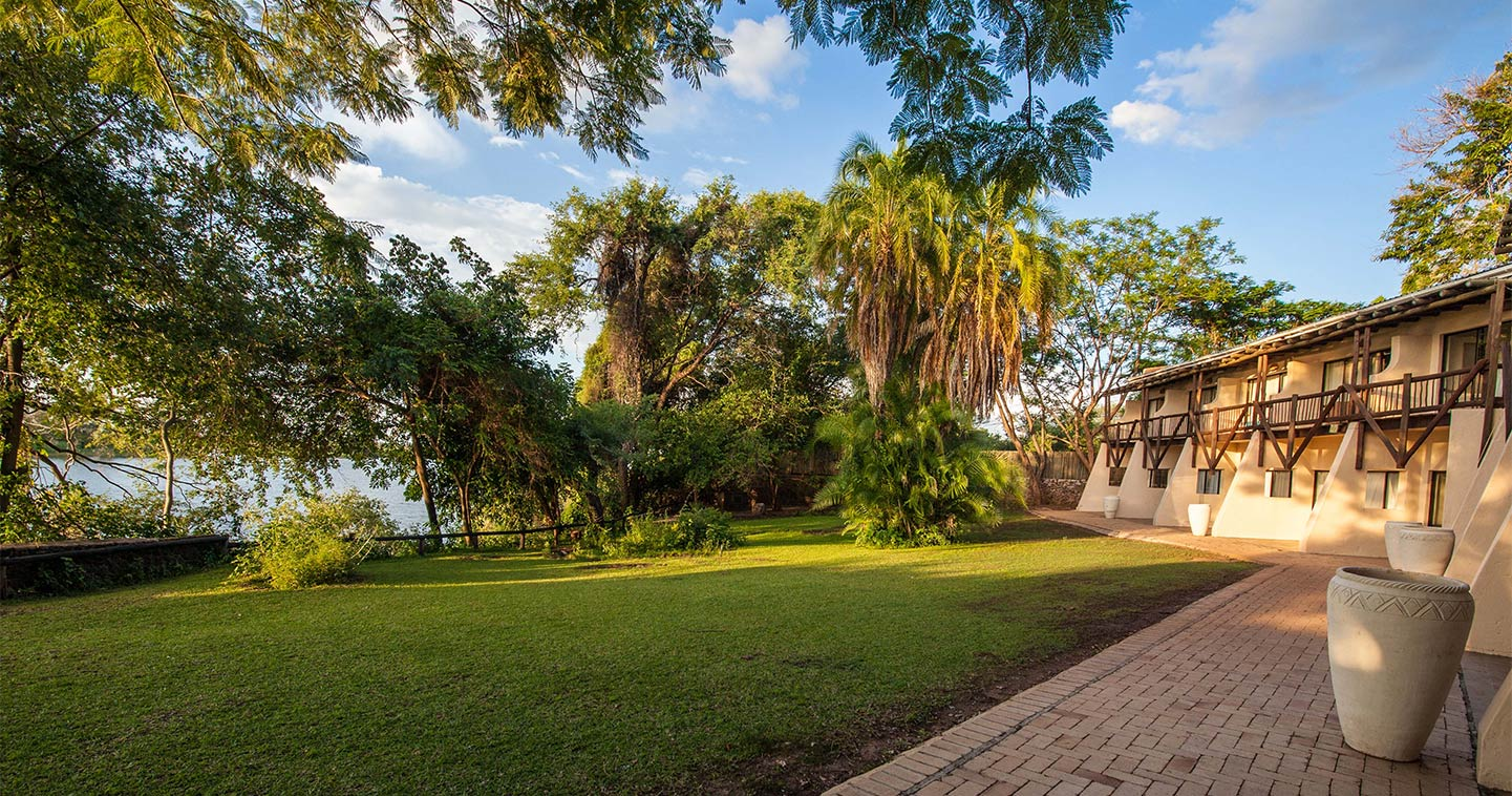 chobe safari lodge in kasane near chobe national park. Black Bedroom Furniture Sets. Home Design Ideas