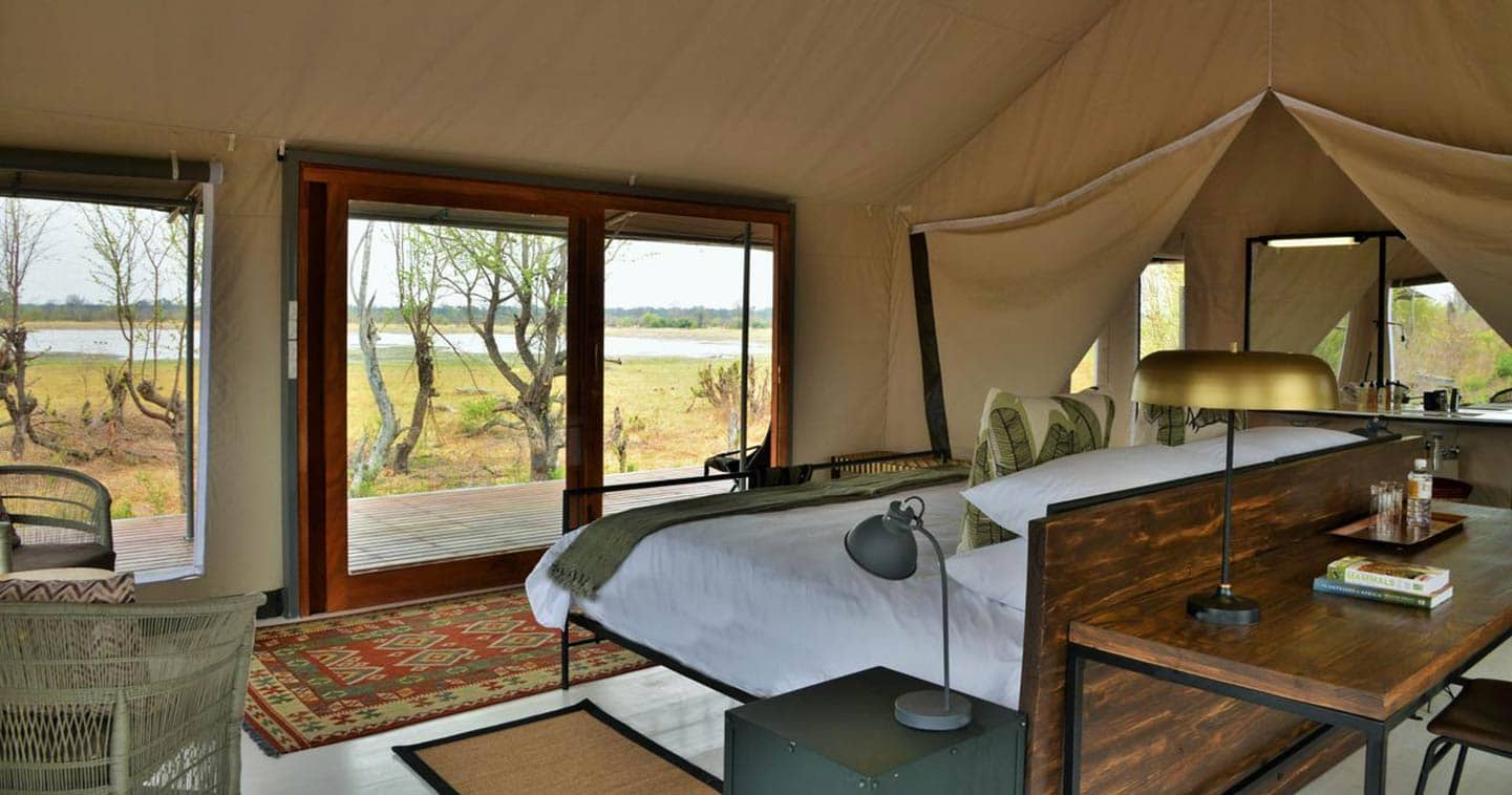 Enjoy a luxury Chobe safari at Nogatsaa Pans