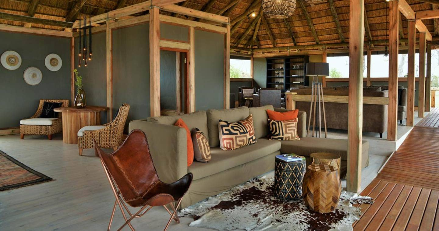 Stylish safari accommodation in Chobe at Nogatsaa Pans